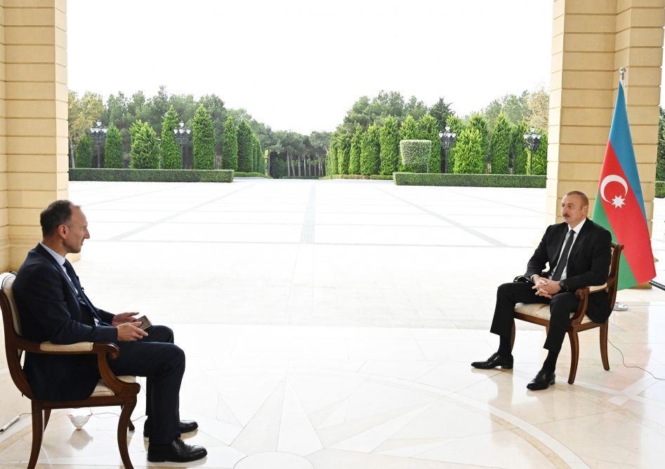 Президент Ильхам Алиев дал интервью немецкому телеканалу ARD