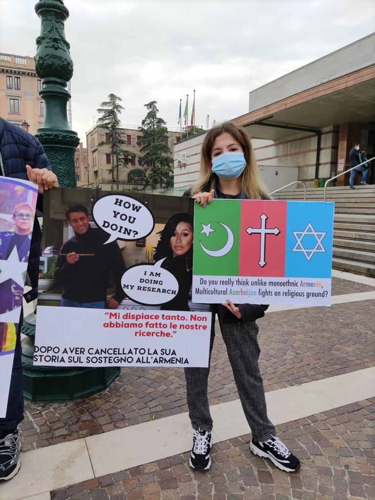 В Венеции прошла акция протеста против армянского фашизма