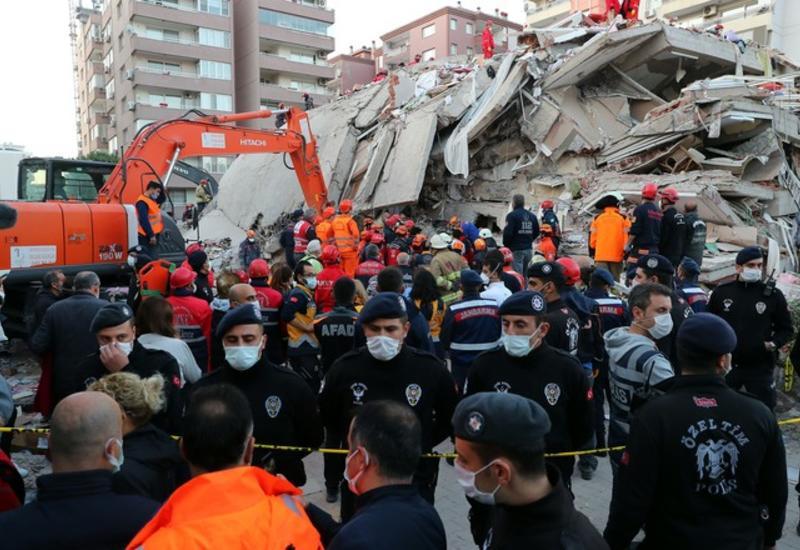 Число погибших в результате землетрясения на западе Турции возросло до 79