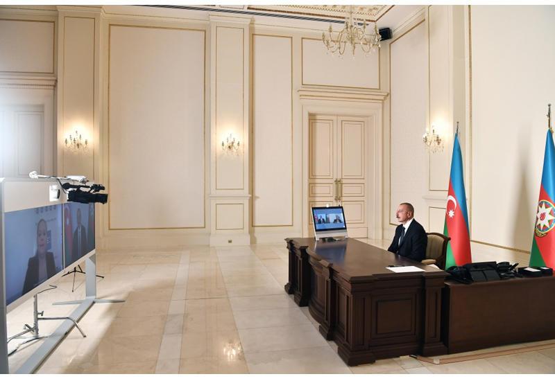 Президент Ильхам Алиев дал интервью испанскому агентству EFE