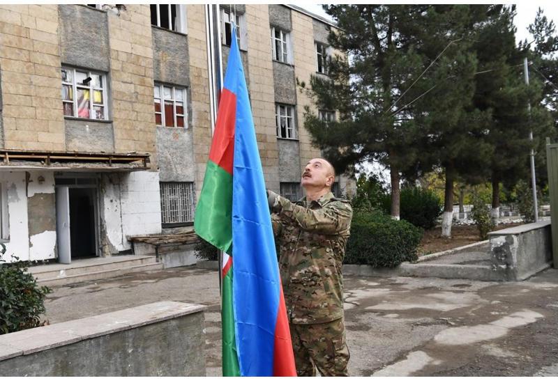 Президент Ильхам Алиев поднял флаг Азербайджана в Физули, Джебраиле и на Худаферинском мосту