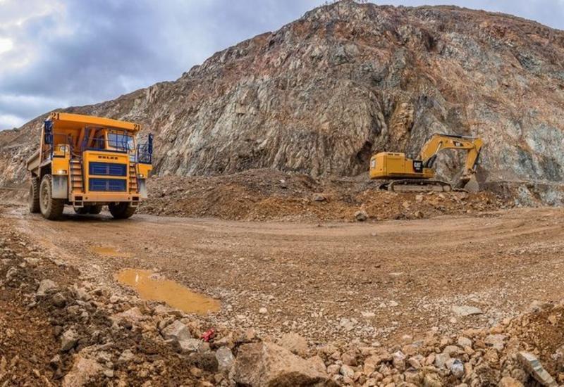 Азербайджан подписал контракты на добычу золота в Зангилане и Кельбаджаре
