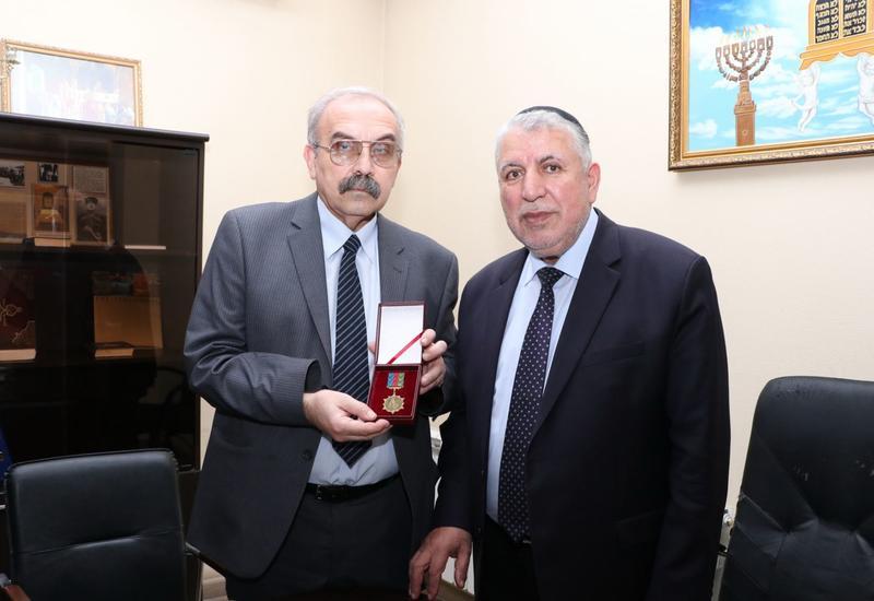 Джалал Аббасов награжден орденом Национального героя Альберта Агарунова