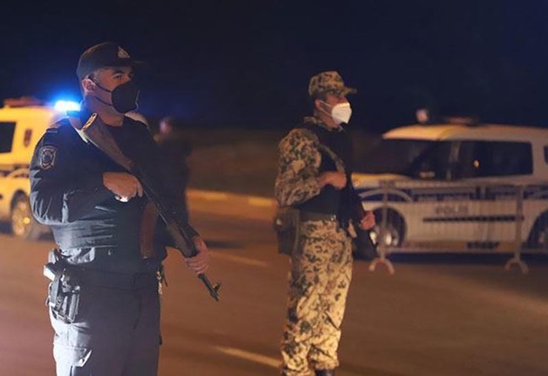 На комендантском посту в Джабраиле задержан автомобиль с боеприпасами