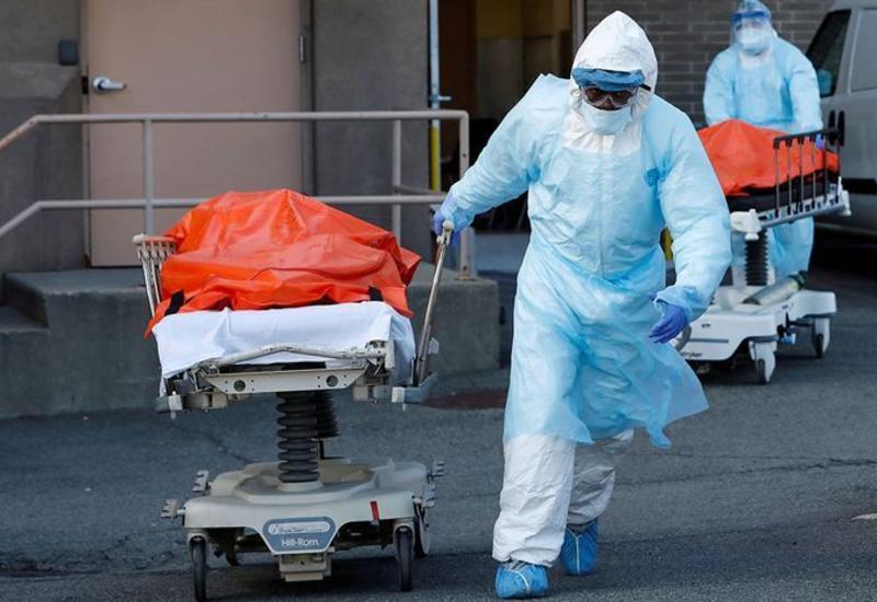 Число смертей из-за COVID-19 в США превысило 250 тысяч
