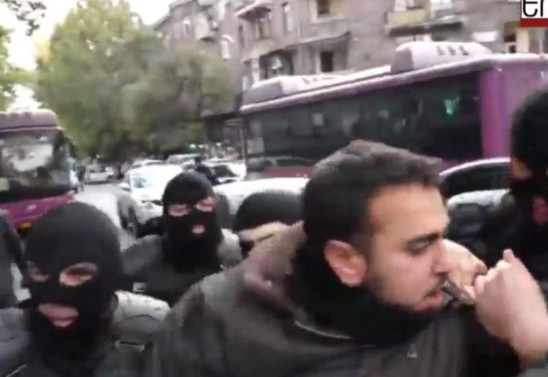 В Ереване задержаны десятки митингующих