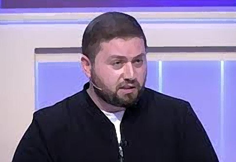Тупейший из армян Саркис Цатурян обвинил россиян в тупости