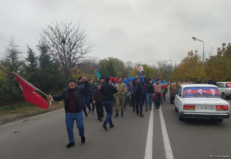 Праздничный марш в Агдаме