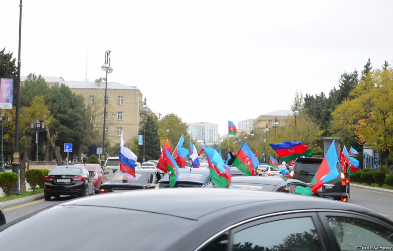 Победное шествие в Баку по случаю освобождения Агдама