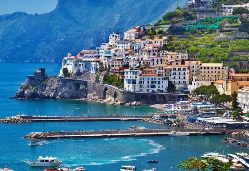 В Италии приняли документ, осуждающий агрессию Армении против Азербайджана