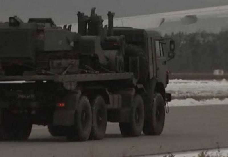 В Карабах отправились специалисты противоминного центра Минобороны России