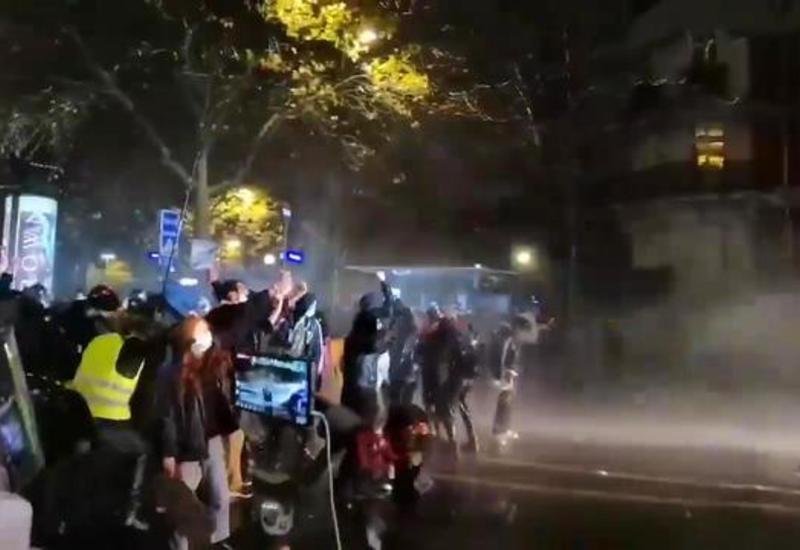 В Париже прошла массовая акция протеста