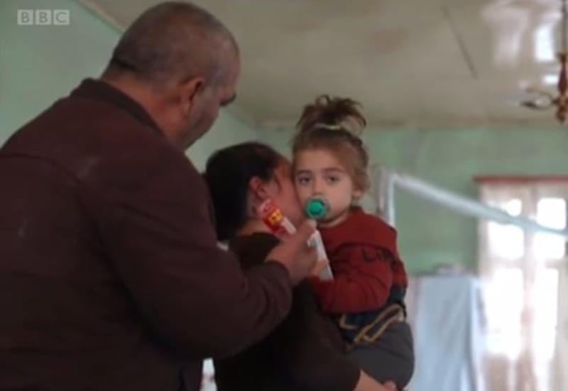 Нобелевский лауреат выделил средства на обучение Хадиджи, потерявшей родителей при обстреле армянами Гянджи