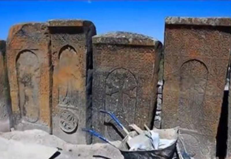 Турецкий телеканал показал, как армяне фальсифицируют историю в Кельбаджаре