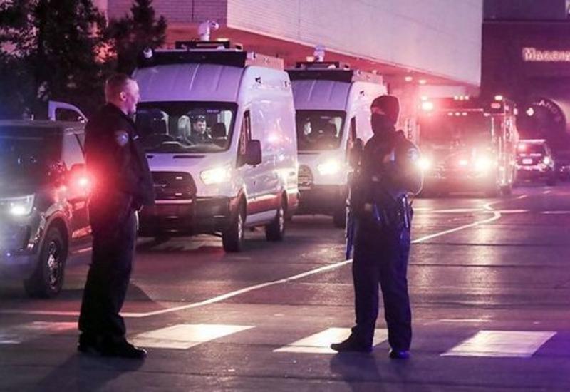 В США задержали подростка после стрельбы в торговом центре