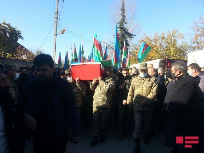 Похоронен ставший шехидом полковник Бабек Самидли
