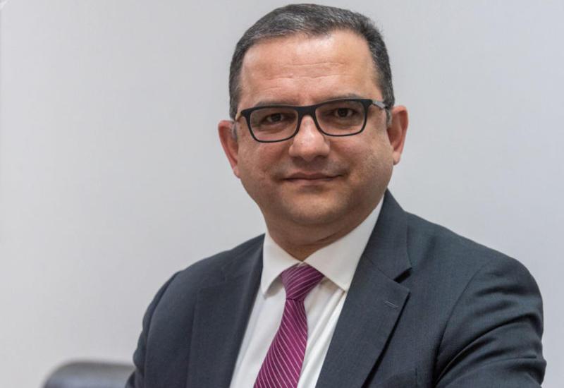 Министр экономики Армении подал в отставку