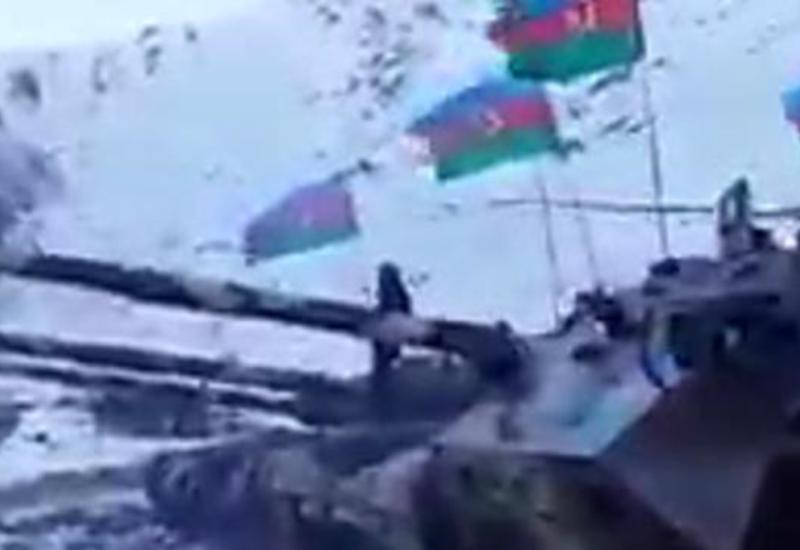 Азербайджанские танки выдвинулись в Кельбаджар