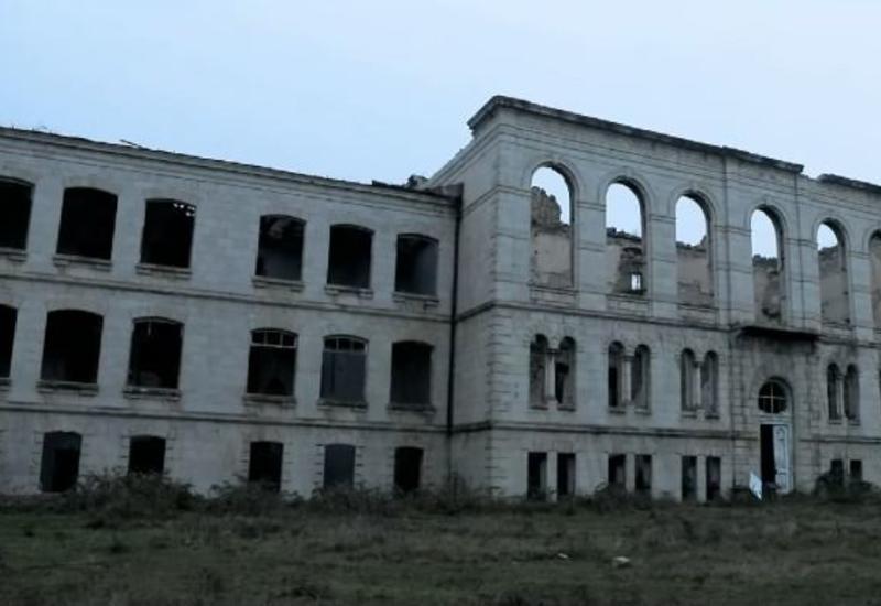 Bura Çernobıl deyil! Bura Qarabağdır!
