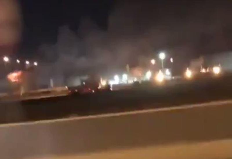 Кадры ракетного удара по объекту нефтегазовой госкомпании Саудовской Аравии