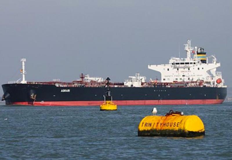 Греческий танкер подорвался у берегов Саудовской Аравии