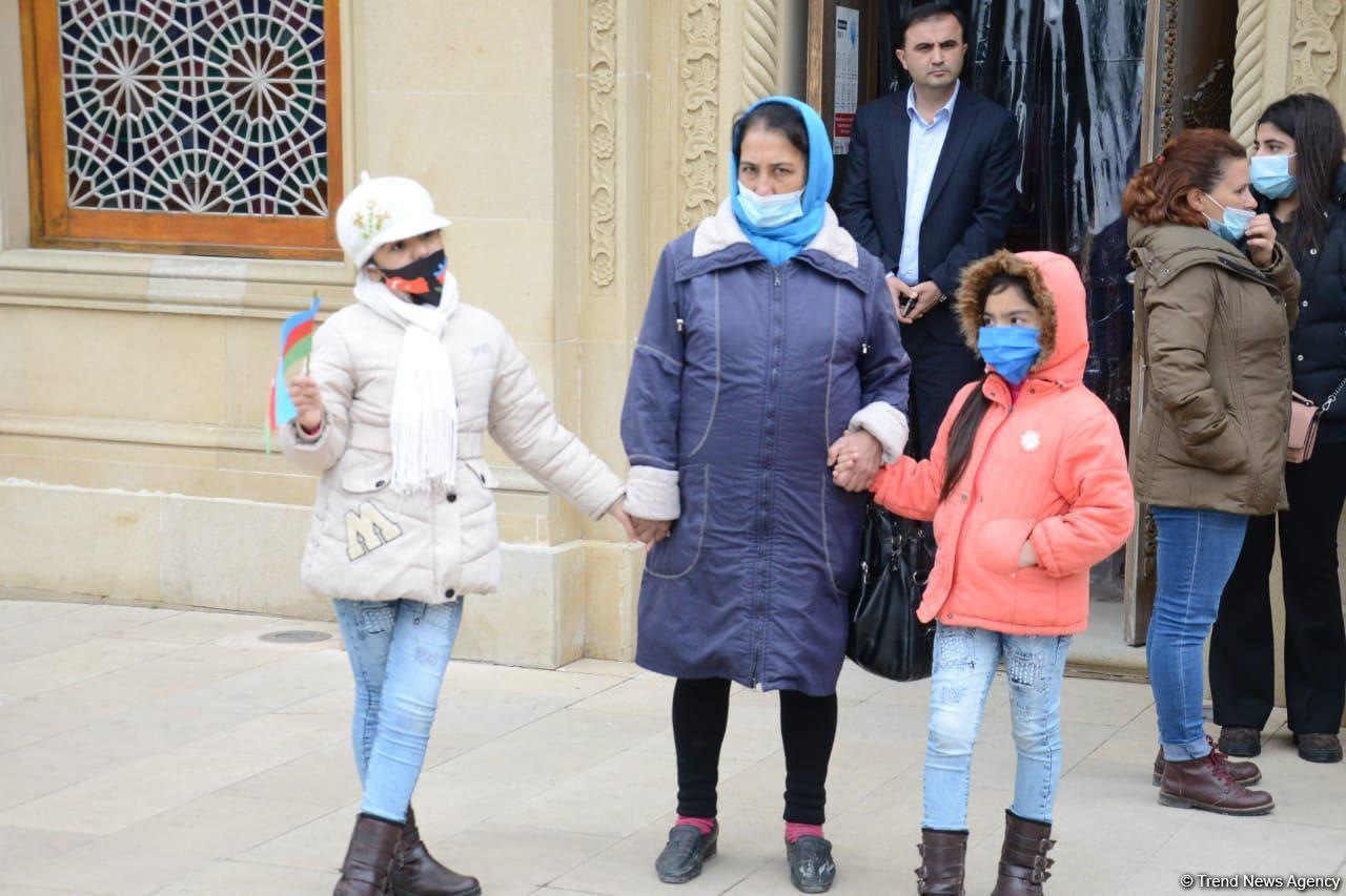 Уроженцы Кельбаджара посетили Аллею шехидов