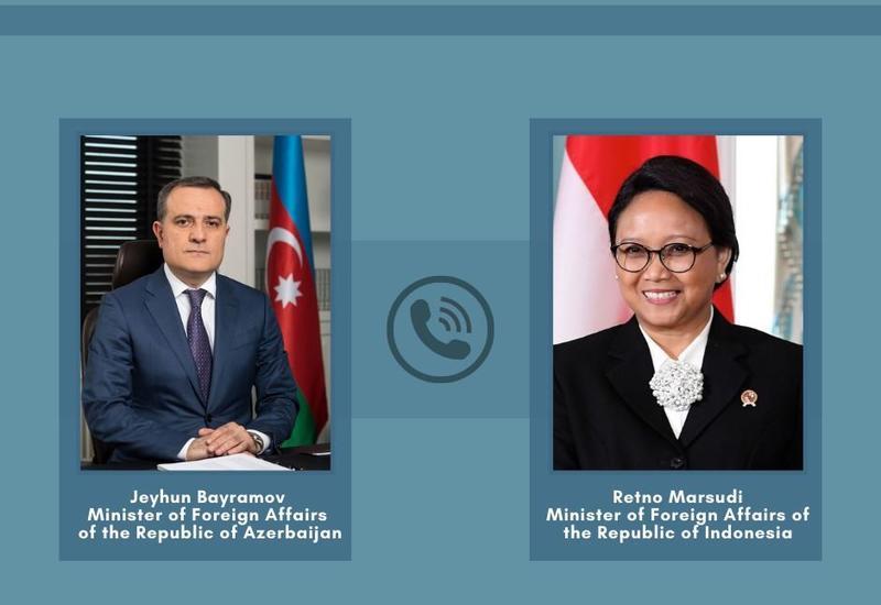 Главы МИД Азербайджана и Индонезии обсудили прекращение огня в Карабахе