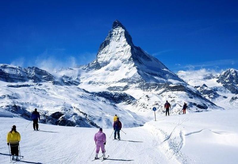Меркель хочет закрыть горнолыжные курорты в Европе из-за COVID-19