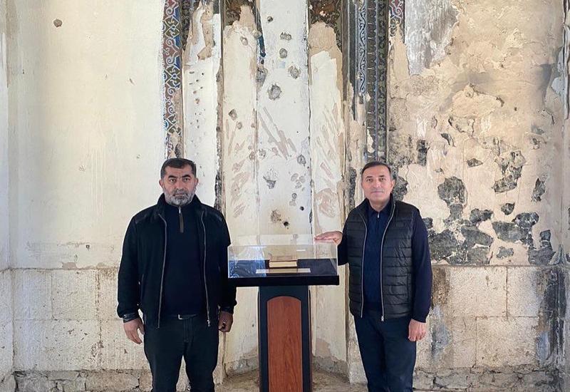 Мансум Ибрагимов исполнил азан в чудом уцелевшей мечети Агдама