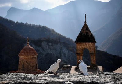 Монастырь Худаванк - это албанская святыня, не имеющая отношения к армянам! - ИСТОРИК