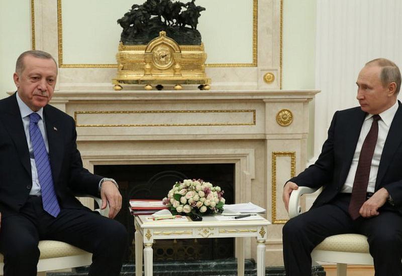 Эрдоган переговорил с Путиным об импорте вакцин от коронавируса