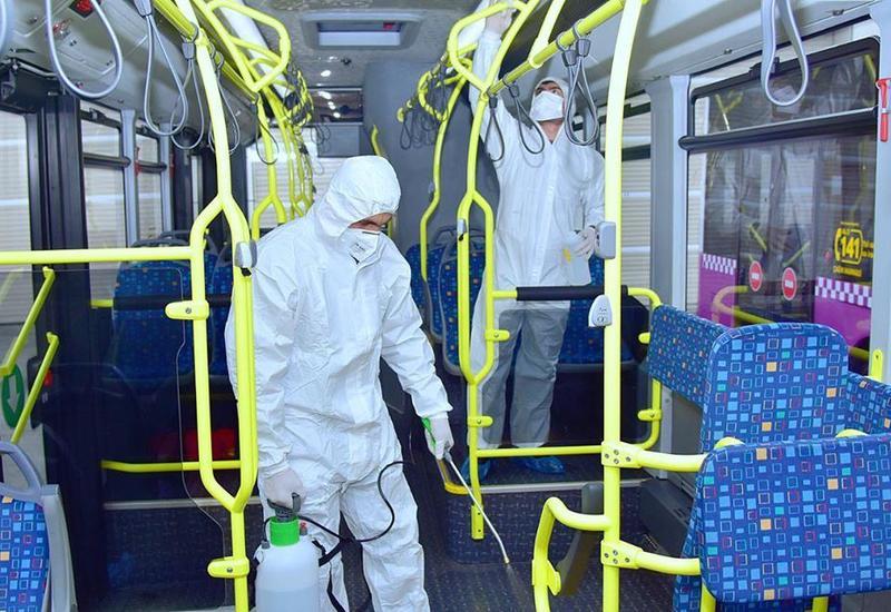 В бакинских автобусах проводится усиленная дезинфекция
