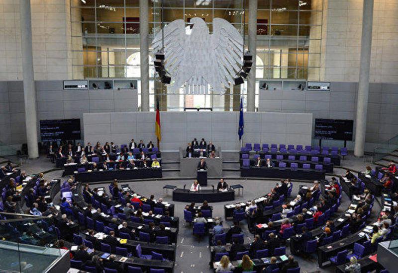 Германия выступает за участие Берлина в установлении мира в Карабахе