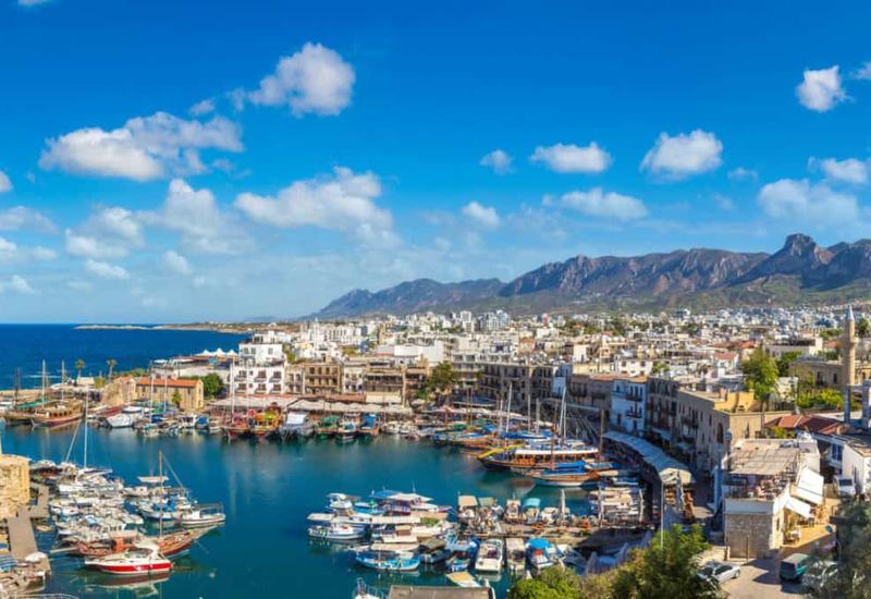 На Кипре увеличивается действие комендантского часа