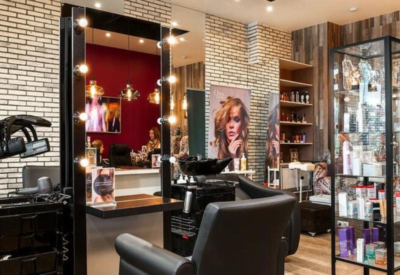 В Азербайджане введут онлайн-очереди в салоны красоты и парикмахерские