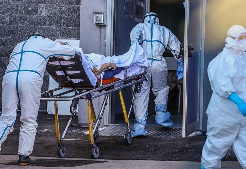 Ученый объяснил, почему не все люди заражаются коронавирусом