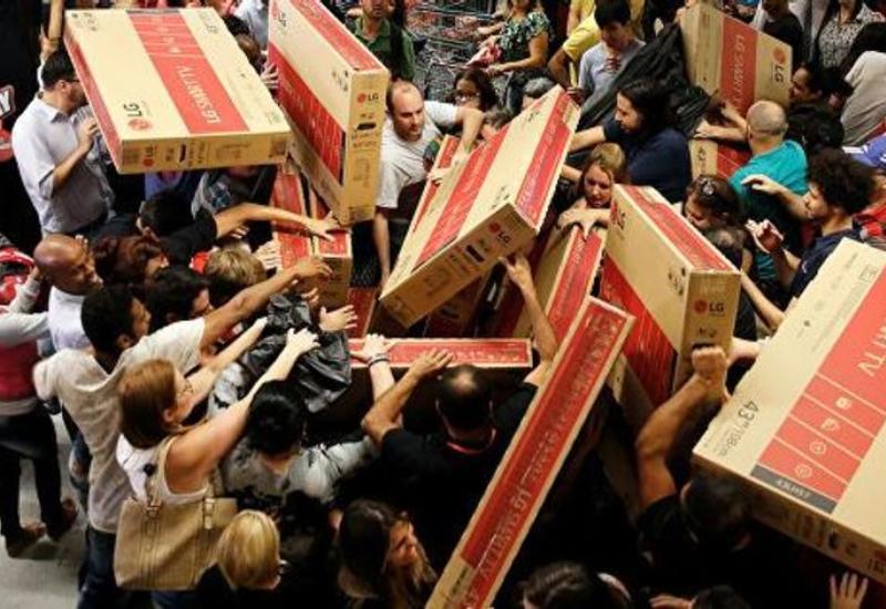 Американцы потратили рекордные $9 млрд на интернет-покупки в «черную пятницу»