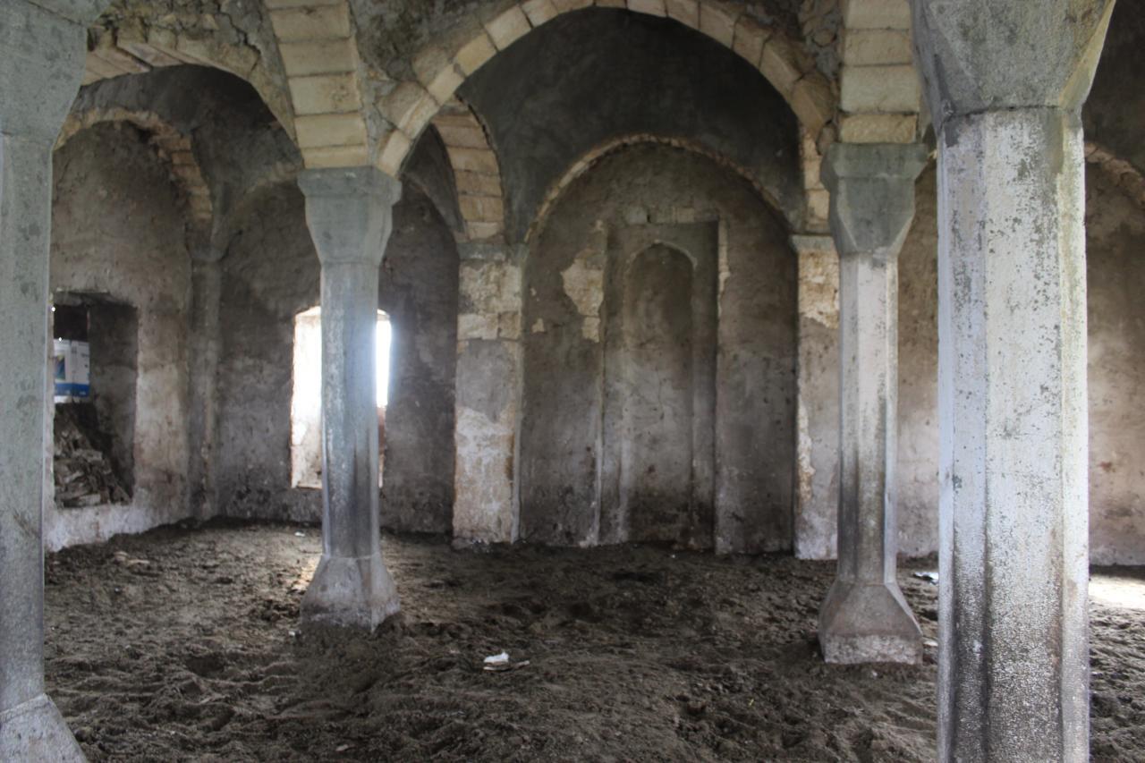 Армяне превратили в хлев еще один исторический памятник