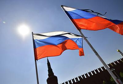 Армяне осквернили государственные символы России  - СКАНДАЛ