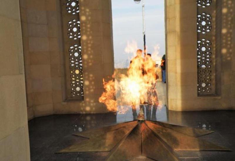 В Азербайджане 4 декабря объявлен днем памяти
