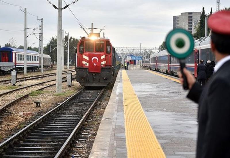 Из Стамбула впервые отправлен грузовой поезд в Китай