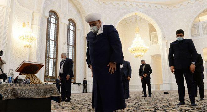 В бакинской мечети Гейдар почтили память шехидов