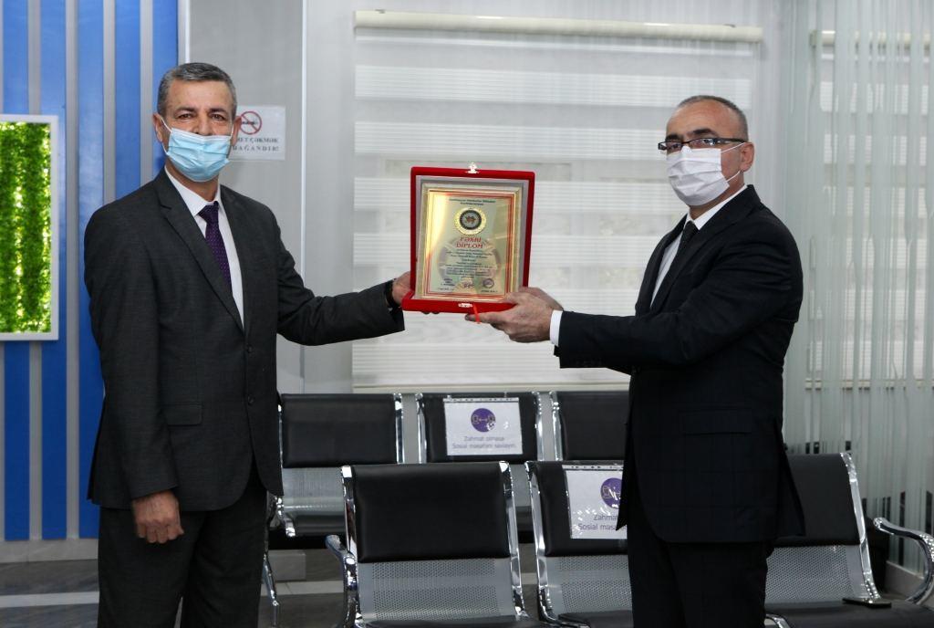 В Азербайджане представили первые высокотехнологичные протезы местного производства