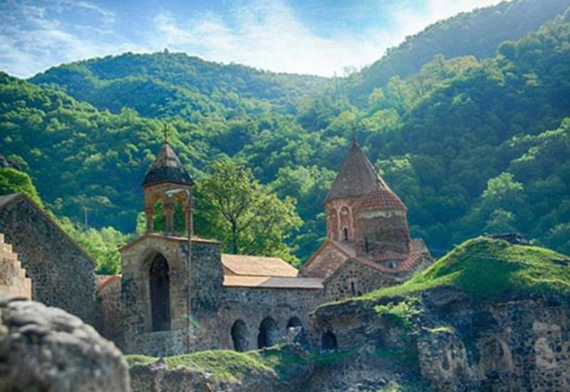 Члены Албано-удинской христианской общины посетили монастырь Худаванг