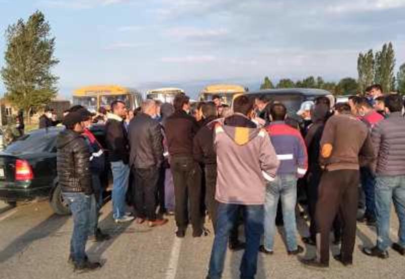 В Армении протестующие перекрыли межгосударственную дорогу