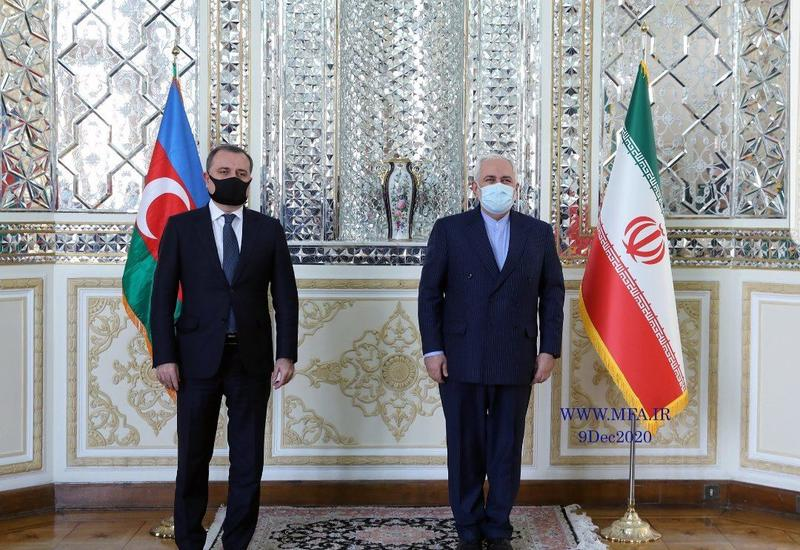 Джейхун Байрамов на переговорах с главой МИД Ирана