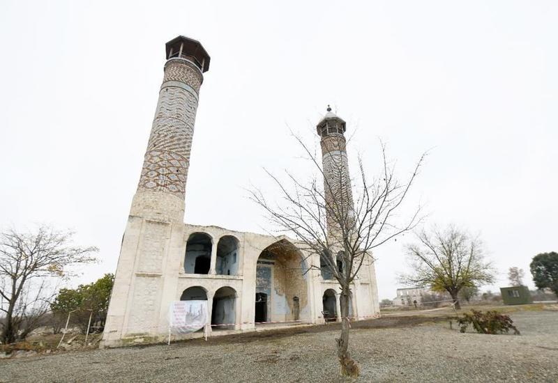 По поручению Мехрибан Алиевой Фонд Гейдара Алиева начал работы по реставрации религиозных памятников и мечетей на освобожденных территориях