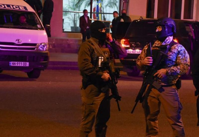 В Тбилиси задержали мужчину, угрожавшего взорвать гранату