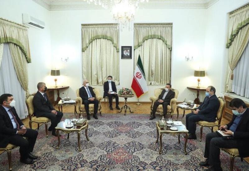 Иран заинтересован в развитии всесторонних связей с Азербайджаном
