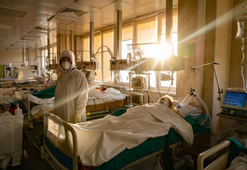 Биолог предупредила об опасности недолечившихся пациентов с COVID-19